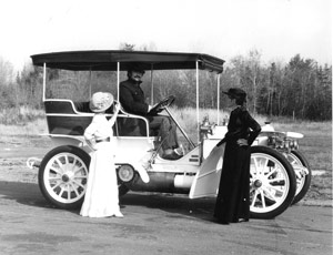 Charles at the wheel of the 1908 Mercedes Simplex with Margaret (left) and Elsie.